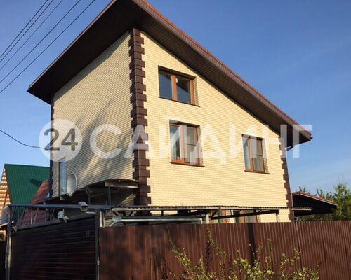 фото дома отделанного фасадными панелями альта профиль кирпич белый 02 галерея 1