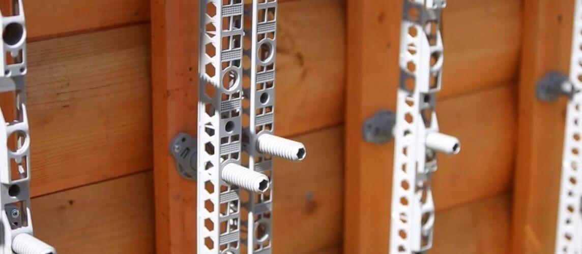 Полимерная обрешетка для монтажа фасадных панелей